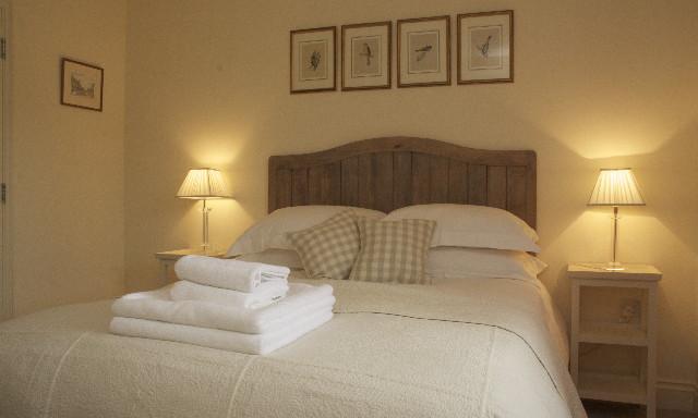 beachy head cottage bedroom